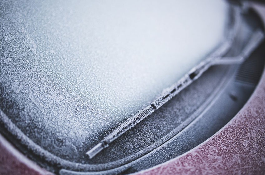 Hiver : six règles à respecter pour protéger sa voiture du froid