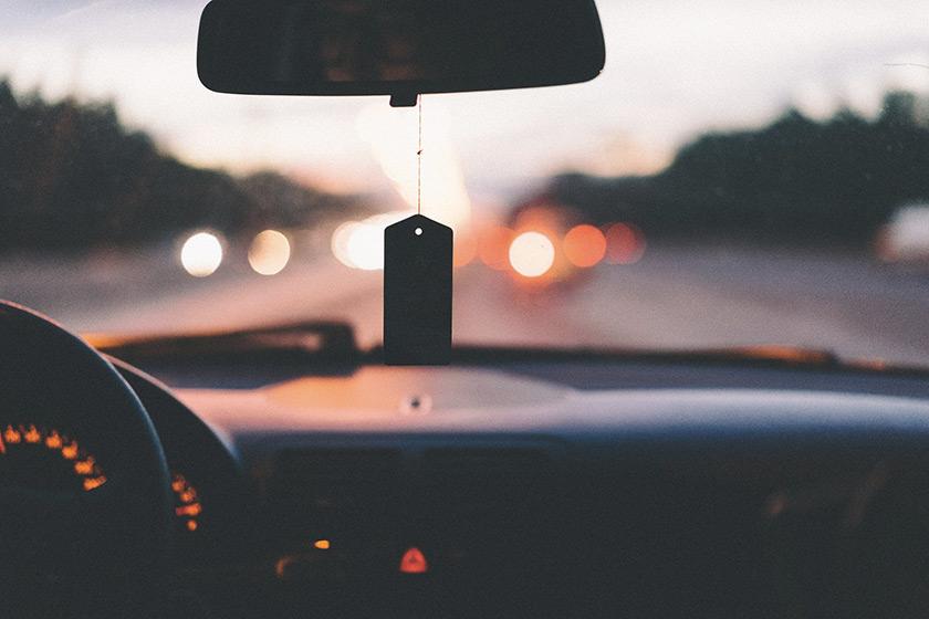Pollution dans l'habitacle d'une voiture: quels dangers ?