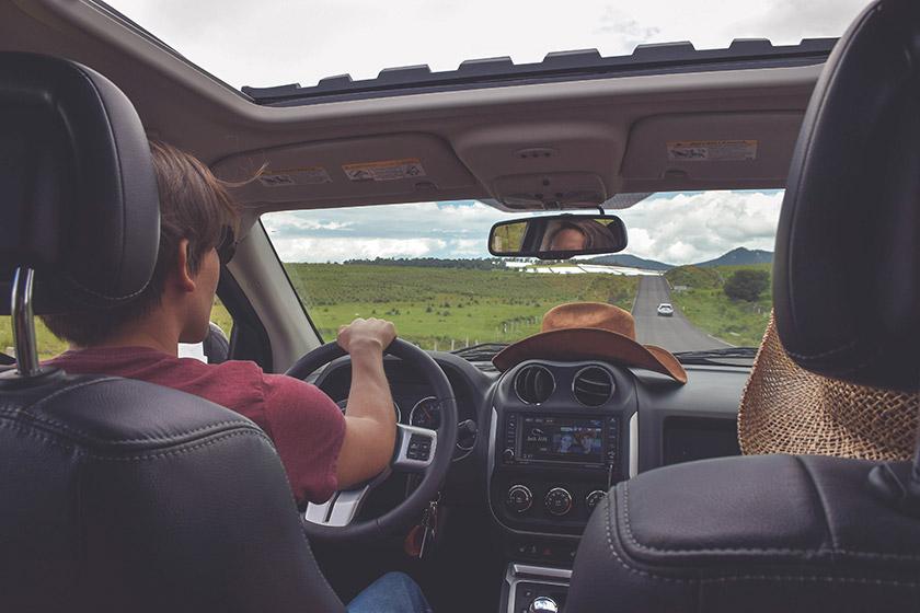 Comment enlever les mauvaises odeurs dans sa voiture ?