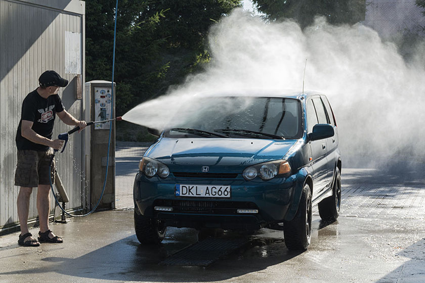 Pourquoi nettoyer sa voiture avec le lavage haute pression ?