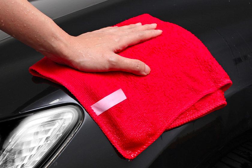 Laver sa voiture chez soi: les erreurs à éviter