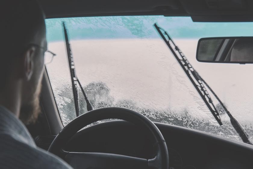 Comment bien choisir le lave-glace pour sa voiture ?