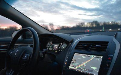 Comment nettoyer l'écran tactile d'un véhicule?